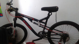 Blade Compression Full Suspension Mountain Bike with Seat cover