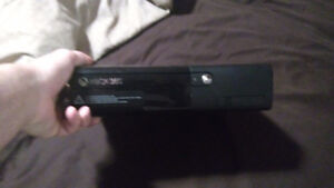 Xbox 360 E version $130obo Peterborough Peterborough Area image 2