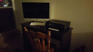 ALMOST NEW IMAC WITH ALL ACCESSORIES