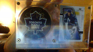 Toronto Maple Leafs  Puck and Card