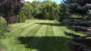 Lawn Care and Fertilization ** Friendly Service/Good Rates