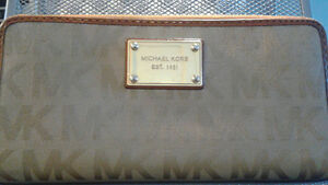 Michael Kors Beige Camel Signature Jacquard Zip Around