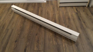 Plinthe de chauffage Ouellet 1500W Baseboard heater