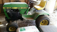Heavy Duty Riding Lawn Mower (Mechanic's special)