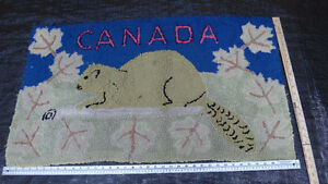 Antique beaver and Canada hooked rug West Island Greater Montréal image 2