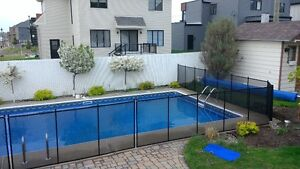 Safety mesh pool fence in Sarnia : Child Safe Fence