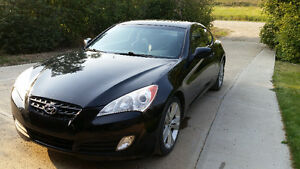 2010 Hyundai Genesis Coupe 2.0T (2 door)