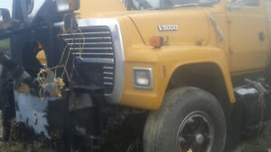 Ford 9000 Automatic Single Axle Side Plow Truck