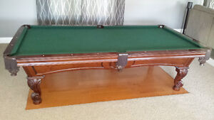 Olhausen Pool Table 4.5' × 9' top of the line model