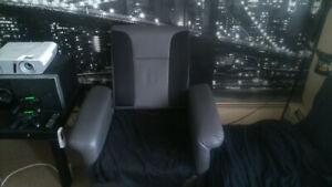 VIDEO GAME CHAIR FOR SALE
