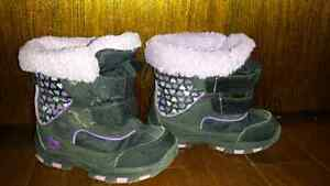 Size 8t thinsulate winter boots