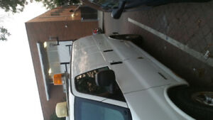 2004 all whell drive chevy express 2500