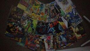 MIXED BOX OF COMIC BOOKS - DC / MARVEL (50 QTY)