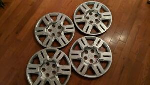 "4 Honda 17"" hubcaps in like new condition Odyssey, Ridgeline, pi"