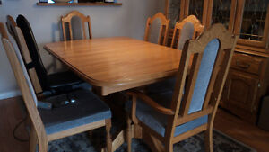 Dining Room Table Prince George British Columbia image 2
