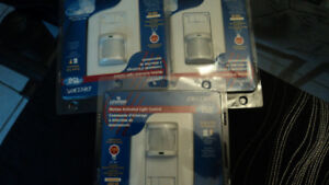 Motion activated light control by LEVITON brand new have 3 1 for