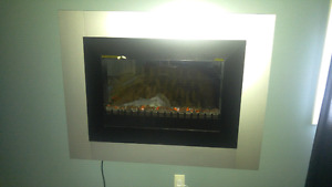 Electric wall mount firelplace with remote