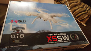 Brand new in box FPV real time x5SW drone
