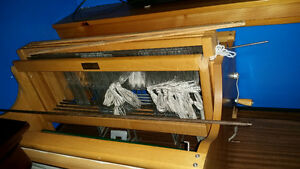 "24.5"" table loom by Clement Sarnia Sarnia Area image 2"