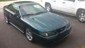 1995 mustang gt v8 5spd runs great sounds great looking to trade