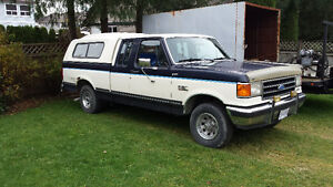 1990 Ford F-150 xlt 4x4 and canopy Pickup Truck