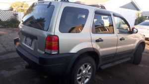 2003 Ford Escape 4x4 Leather Seats