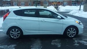 2013 Hyundai Accent GLS - NÉGOCIABLE