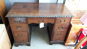 ANTIQUE DESKS London Ontario image 3