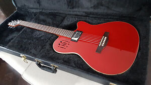 Godin Ultra A6 Rouge Red