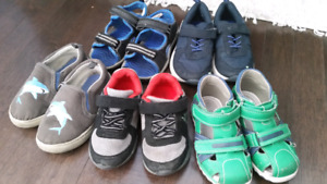 Toddler boy shoes size 7/8