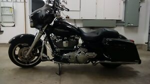 Mint 2011 Street Glide with over $10K in extras