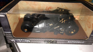 Rare Hot wheels bat mobile 1:18