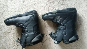 Freedom snowboard boots - Men's Size 9 London Ontario image 1