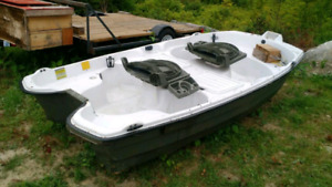 !!BOAT, MOTOR AND TRAILER!!