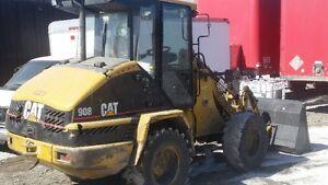 Cat 908 Loader