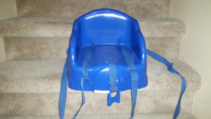 """Safety 1st table """"tot"""" booster seats, blue and yellow"""