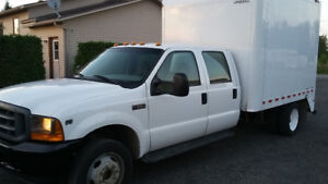 2001 Ford F550 XL camion utilitaire double cabine
