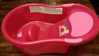 Pink Hello Kitty Infant Bath Tub