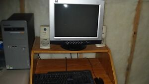 Lenovo PC - monitor, mouse, and keyboard Kingston Kingston Area image 1