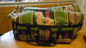 Sac de voyage ou de sport et un sac fourre-tout