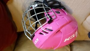 girls hockey equipment
