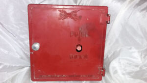 VINTAGE GAME WELL ALARM BOX NORTHERN ELECTRIC CO