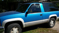 1992 GMC Yukon 2 door Pickup Truck 4x4