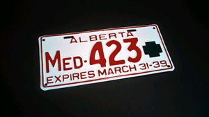 Buying old Alberta Doctor License Plates