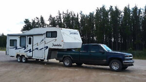 5th wheel and truck