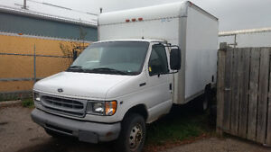 1998 Ford E-350 $3995 Safetied and etested
