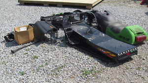 2000 Arctic Cat ZR 600 parts Windsor Region Ontario image 3