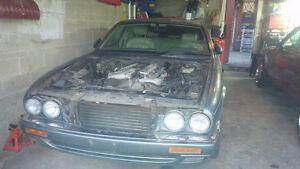 95-97 Jaguar XJ6 For Parts.