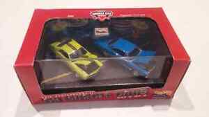Hot Wheels 100% 69' Muscle Cars 2 Car Set, AMX and Plymouth GTX