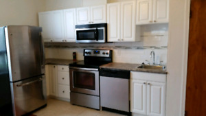 St Boniface recently renovated 1 Bedroom apt.  Parking included.